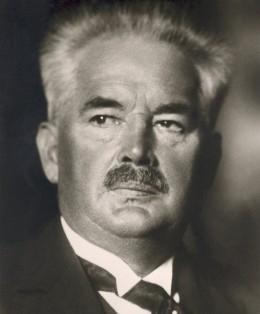 Эрнст Сакс